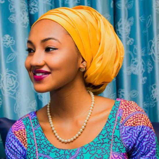 zahra-buhari-gold-earring2