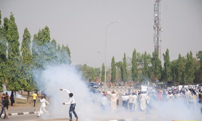 Police Clash With Shiites Over Detention Of El-Zakzaky