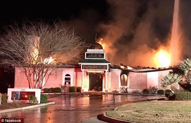The Texas mosque called Islamic Centre of Victoria in flames on Saturday, January 28.