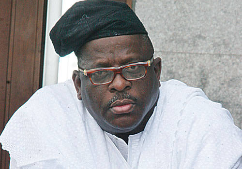 VIDEO: Buruji Kashamu's Remains Arrive Ijebu-Igbo For Burial