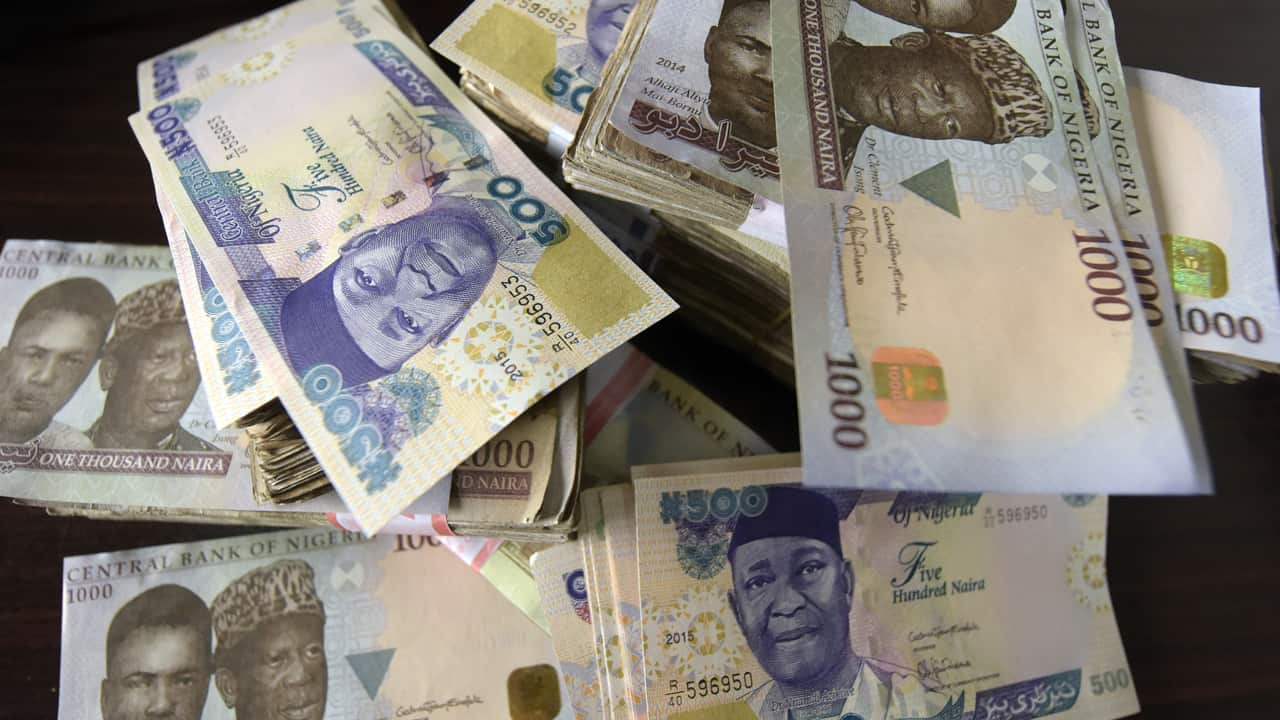 Naira: Senator commends CBN over intervention