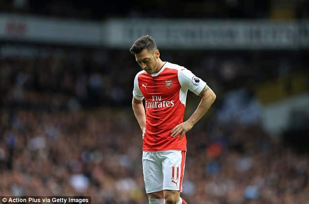 Arsenal struggling without Ozil's creativity, says Ljungberg