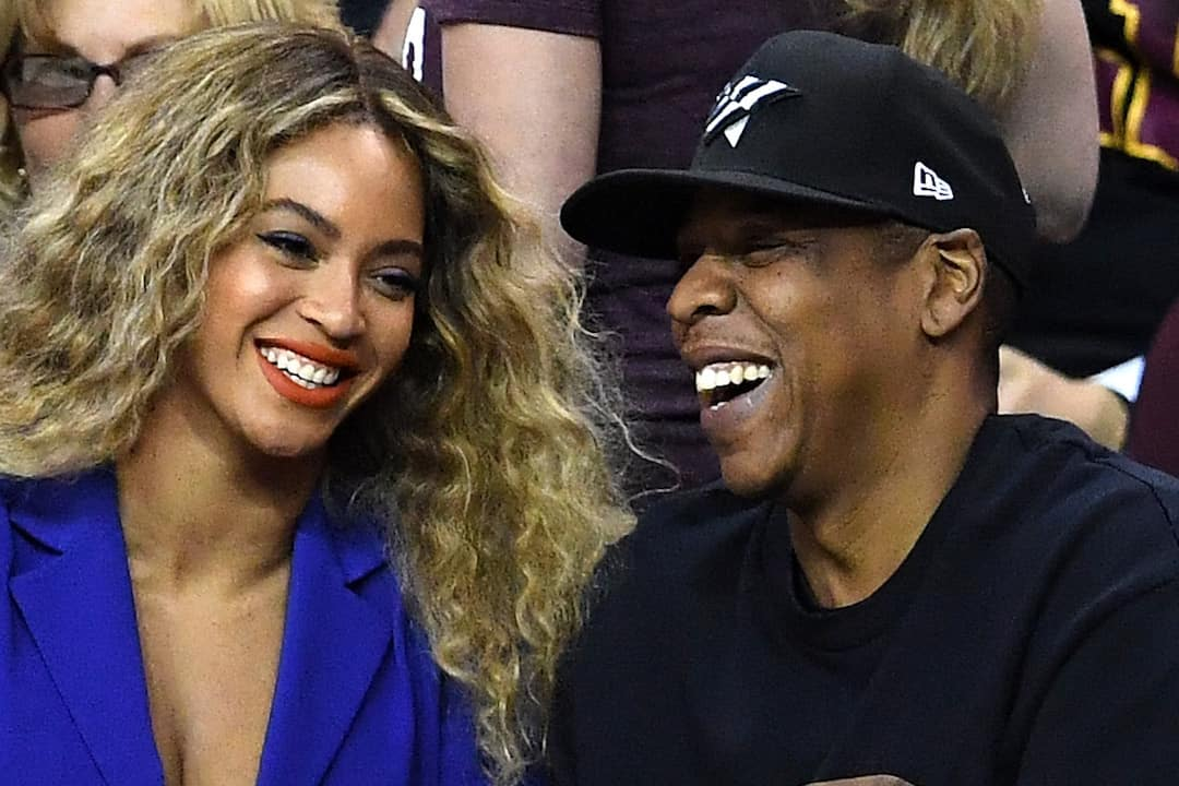 Beyoncé gives birth to twins - US reports