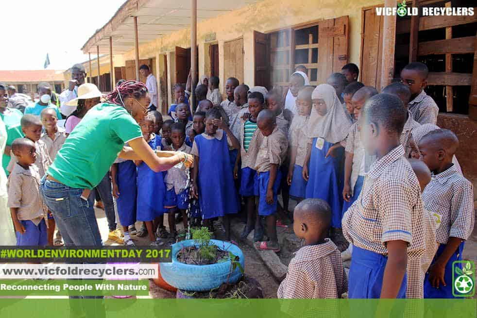 Vicfold Recyclers sensitizing pupils on recycling and impact of climate change