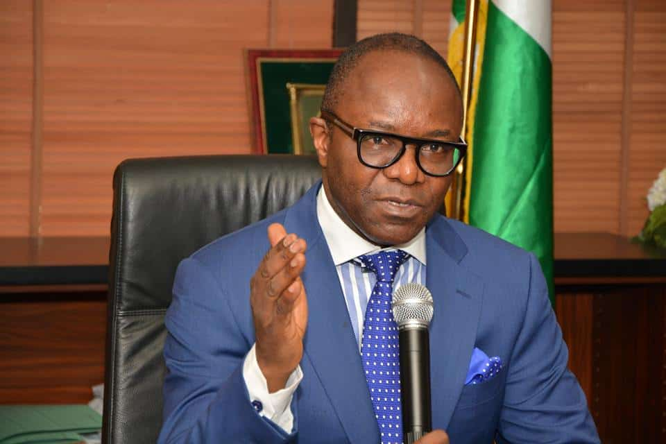 Breaking: Buhari Replaces Ibe Kachikwu In NNPC