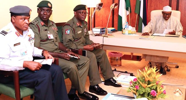 President Buhari Cancels FEC Meeting, To Meet With Service Chiefs