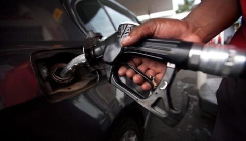 Petrol1 - Fuel Scarcity: Motorists And Commuters In Damaturu Call DPR To Sanction Stations Hoarding Fuel