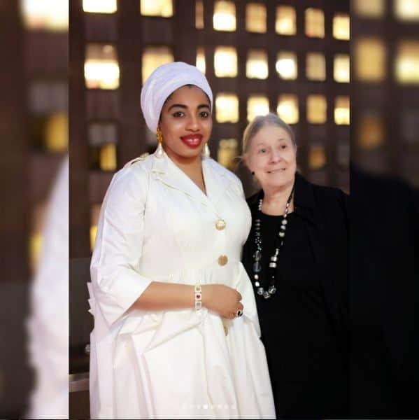 Queen-Zaynab-Humanitarian-Award2