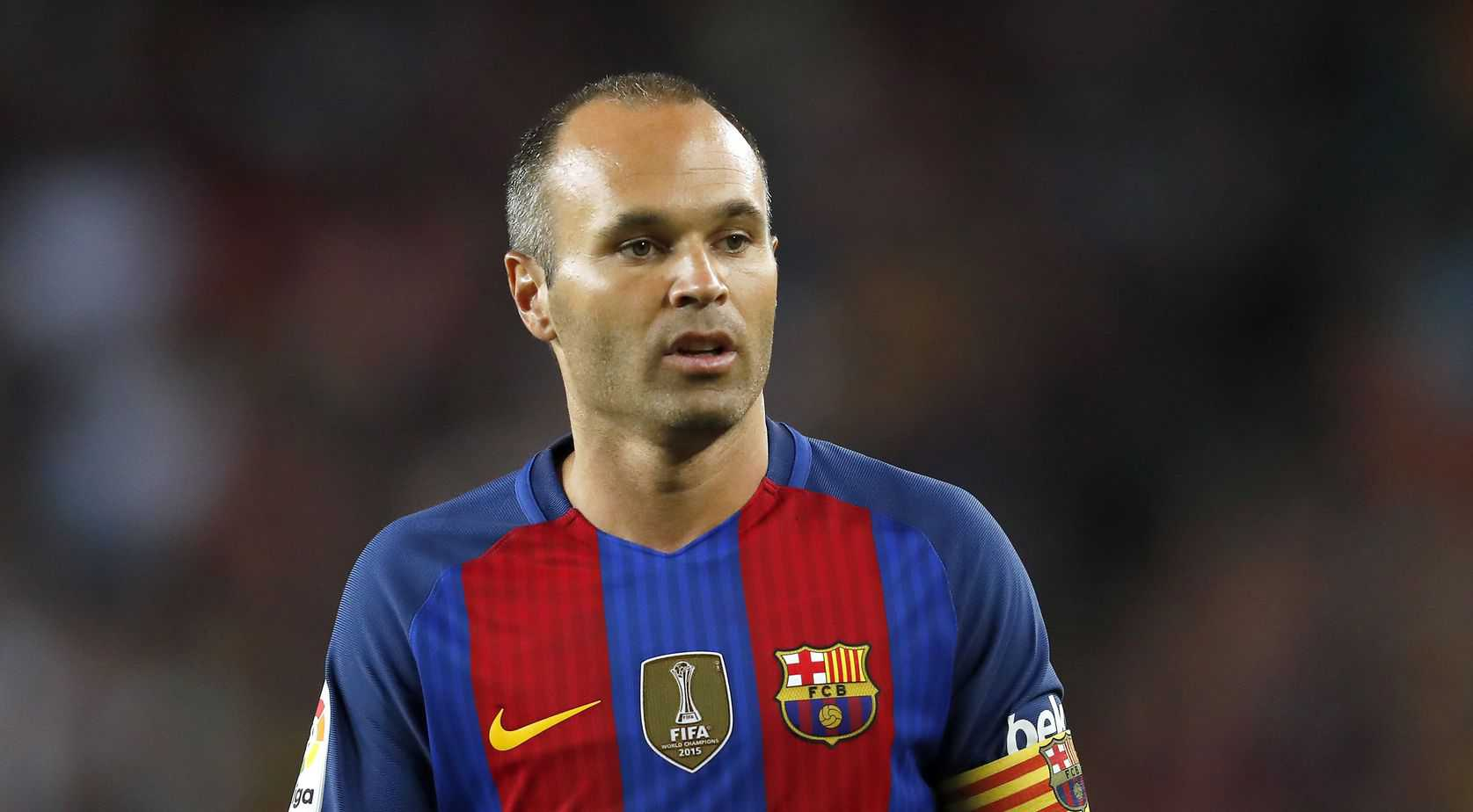 Iniesta calls time on Barcelona career
