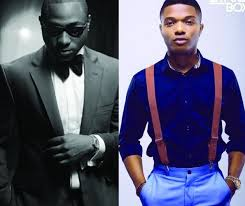 Davido Mocks Wizkid Over Comments On 2019 Election (Photos)