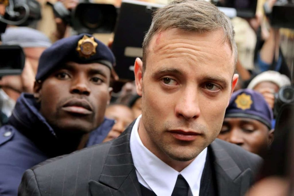 Oscar Pistorius Hurt In Prison Fight Over Telephone Use
