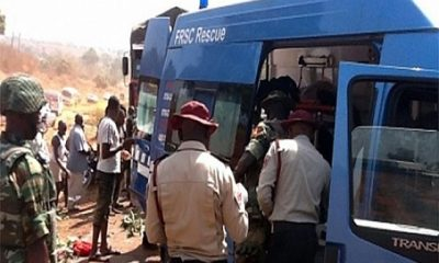 FRSC-officials-at-the-accident-scene-of-the-Lagos-Ibadan-highway