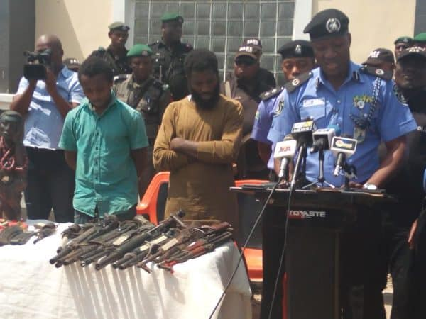 Jimoh-Moshood-and-the-alleged-thugs-hired-by-Dino-Melaye-e1521480384386 (1)