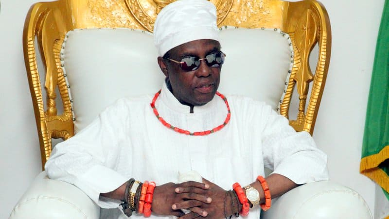 The-Oba-of-Benin-His-Royal-Majesty-Omo-NOba-NEdo-Uku-Akpolokpolo-Ewuare-II-1