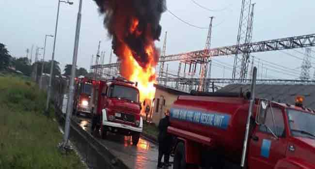 The Alagbon Injection Station in Dolphin Estate, Ikoyi, has been gutted by fire earlier today. According to the Eko Electricity Distribution Company (EKEDC), the fire started around 5:00 a.m.