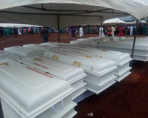 PHOTOS: Bishops Attend Mass Burial Of Catholic Priests, 17 Others In Benue