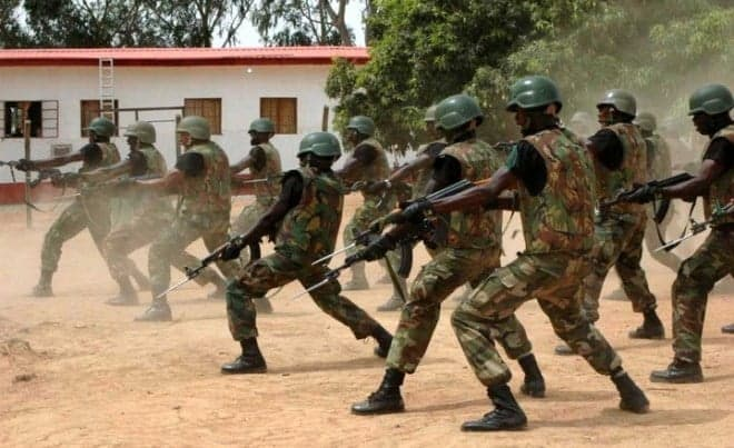 Soldiers Storm Police station, Arrest DPO Over Murder Of Colleague In Port Harcourt