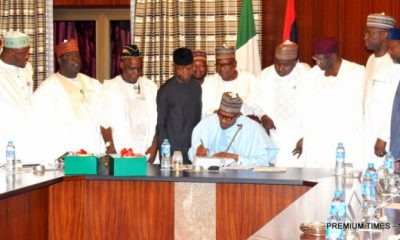 Pic-2-SIGNING-OF-BUDGET
