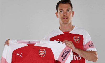 Arsenal completes first summer signing