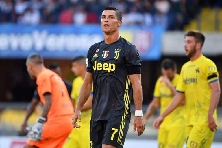 new products ed24f d20eb Serie A - Round 3: Juventus win in Parma (1-2), Cristiano ...