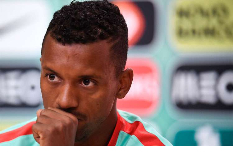 Nani considered that compatriot Cristiano Ronaldo should have been left with the trophy