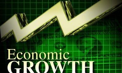 32752803-economic-growth