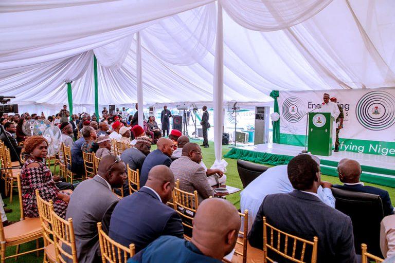 Buhari in Aba plant 768x512 - Buhari Inagurates Ariaria Power Plant In Abia State