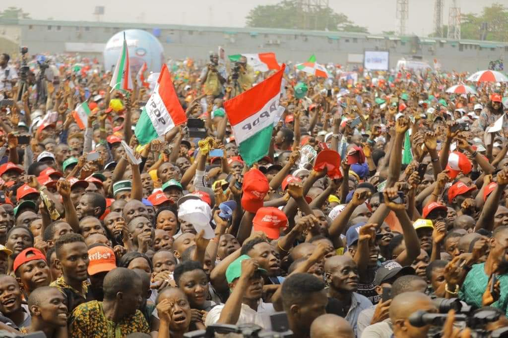 8748133  - See How Atiku And PDP Leaders Dressed To Lagos For Presidential Rally As Crowd Of Excited Supporters Welcome Them