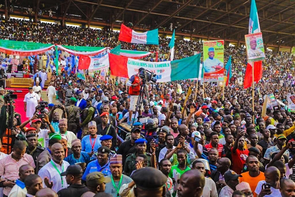See The Mammoth Crowd That Welcomed Atiku In Borno (Photos)