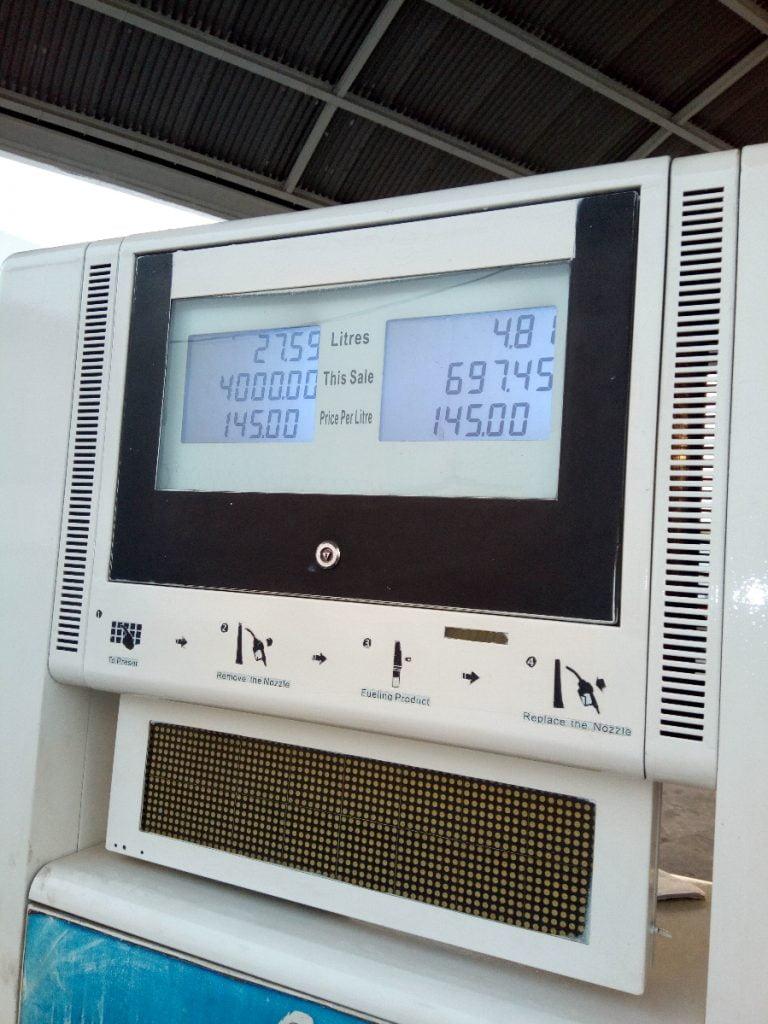 Oando Shuns IPMAN's Order, Sells Petrol At N145 Per Litre (Photos)