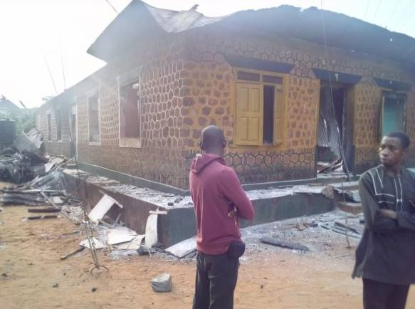 police new1 - Hoodlums Burn Police Station, Free Prisoners In Anambra State