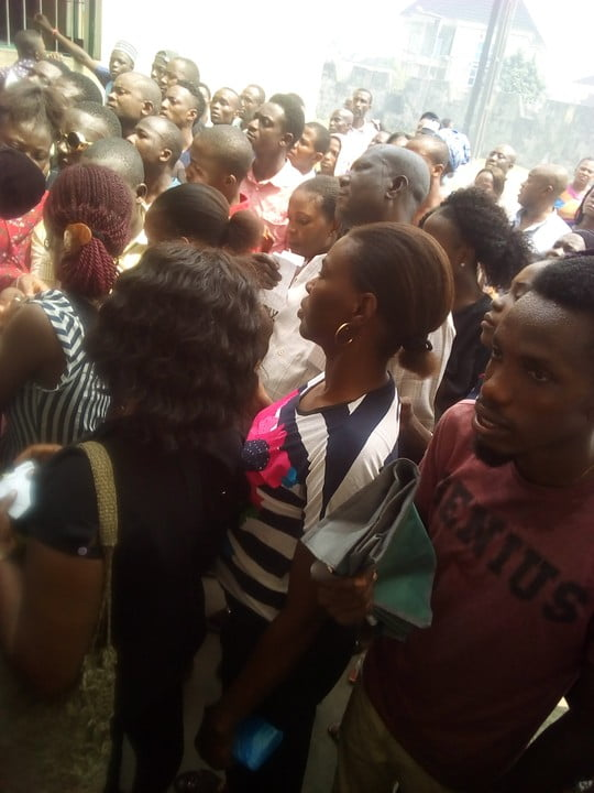 warri pvc - See The Crowd That Trooped Out To Collect PVCs In Warri (Photos)