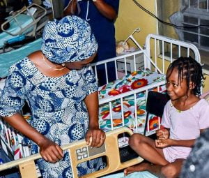 Dolapo1111 300x255 - Dolapo Osinbajo Visits Children Of Lagos Building Collapse (Photos)