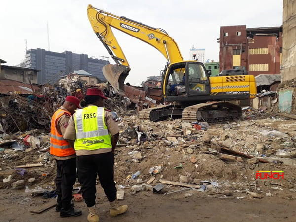 Lagos building collapse1 - Lagos Collapsed Building: See Pictures From The Scene