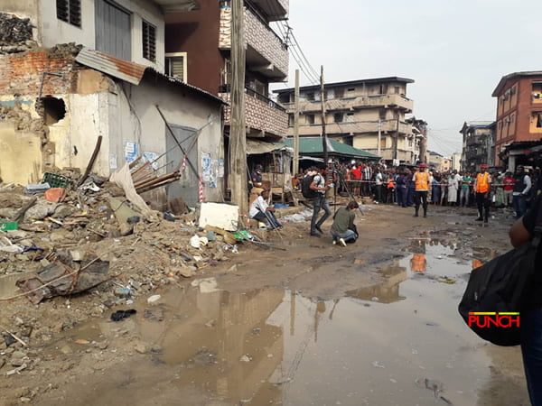 Lagos building collapse3 - Lagos Collapsed Building: See Pictures From The Scene