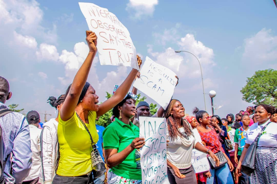 PDP PROTEST 2 - See The Shocking Thing These Women Did During PDP Protest On Tuesday (Video)