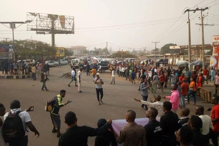 benue protest 900x600 - Youths In Benue State Protest Alleged Deployment Of Military Personnel