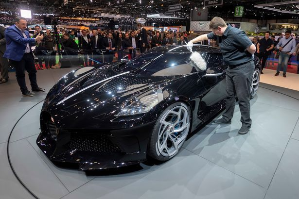 bugati 4 - 5 Things To Know About Buggati's La Voiture Noire, World's Most Expensive Luxury Car