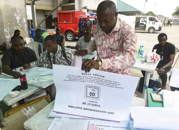 rivers inec1 - Protests Rock Port Harcourt Over Suspension Of Governorship Election