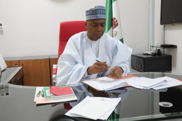 saraki seat - Saraki Signs New National Minimum Wage Bill (Photos)