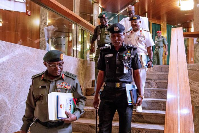 11130331 - Details Of What President Buhari Discussed With Security Chiefs Today