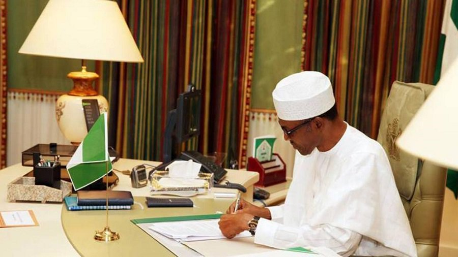 Buhari writes1 - Nigerians React As Buhari Signs New Minimum Wage Bill Into Law