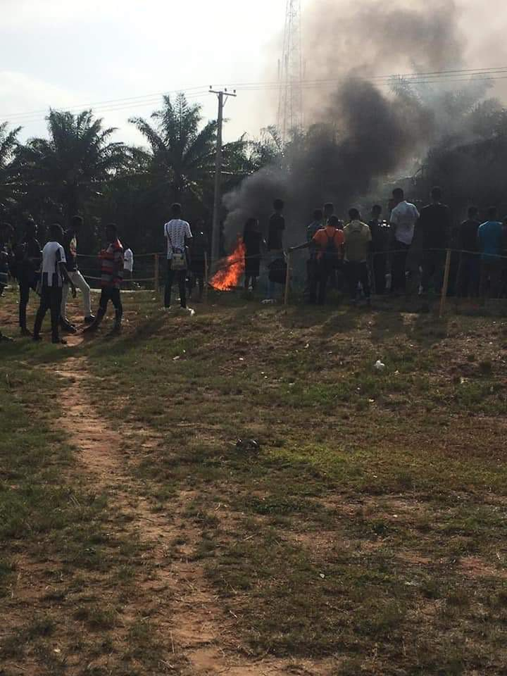 F7E0A825 0AEA 43E5 902C 04E39E169A71 - Students Of OSUSTECH Protest Over Increase In School Fees