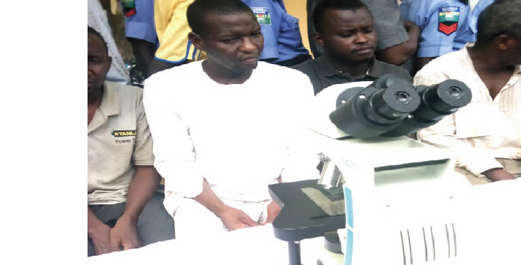 Man steals N1.7m hospital's microscope 1 - Man Steals Hospital Microscope Valued At N1.7m, Sells It For N5,000