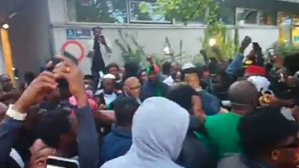 Nnamdi Kanu in Munich 1000x562 - Biafra: Massive Crowd Welcome IPOB's Nnamdi Kanu In Germany (Video)