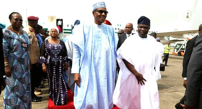 buharis visit4 1 - Nigerians React As President Buhari Commissions Projects In Lagos