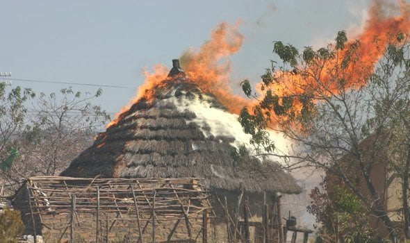 burning hut zimbabwe - Man Sets Neighbour's House On Fire For Rejecting His Sexual Advances
