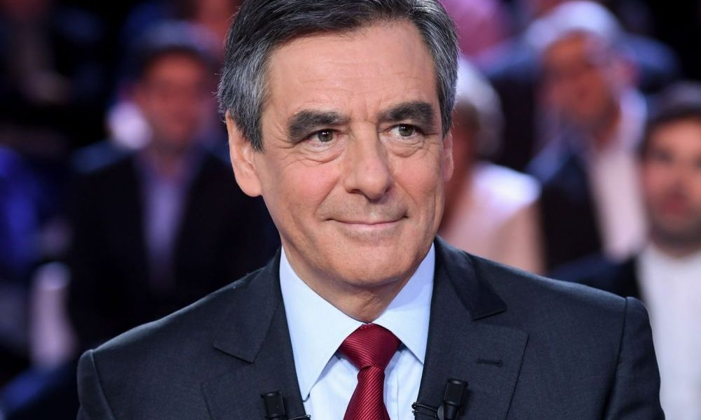 cover r4x3w1000 5830b338e2c9a franc ois fillon bio 1000x600 - Former French President, Fillon And Wife To Face Trial Over Fake Jobs Scandal