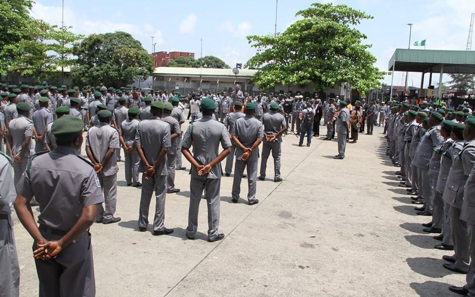 customs officers 960x600 - Customs Speaks On Recruiting Over 3,000 Nigerians
