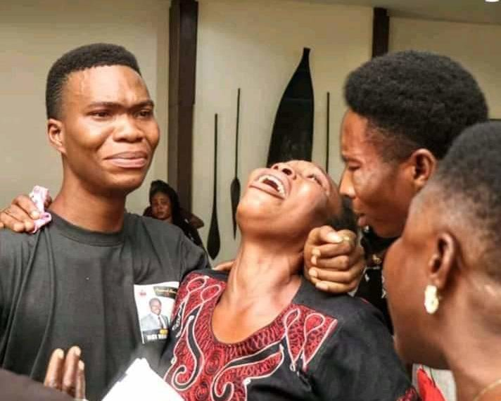 facebook 1555090752244 712x570 - Bayelsa State: Tears As Family Members Bury Victims Of 2019 Election Violence